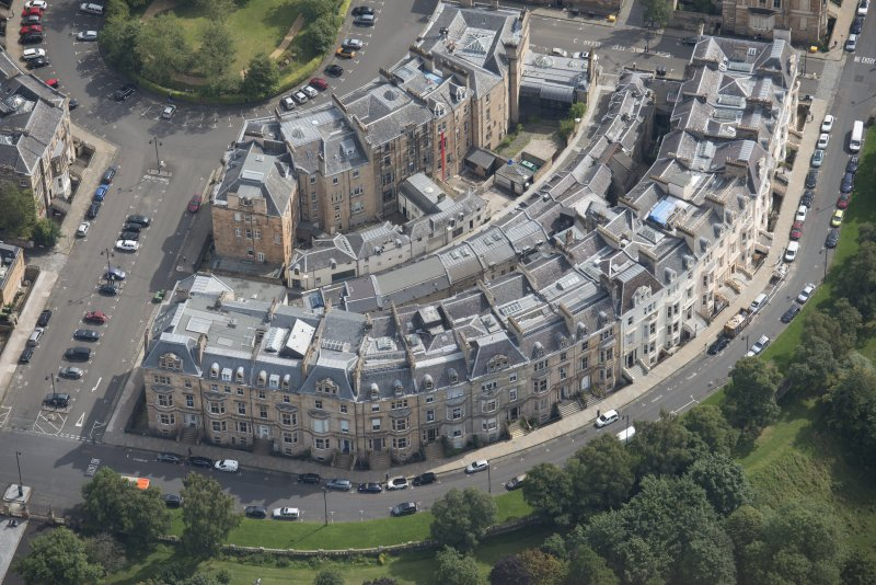Oblique aerial view of Park Circus, Park Gate, Park Terrace and Park Terrace Lane, looking ESE.