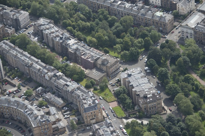 Oblique aerial view of Park Street East, Claremont Terrace, Woodlands Terrace and Park Gardens, looking SE.