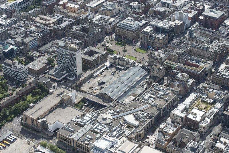 Oblique aerial view of central Glasgow, looking SSE.