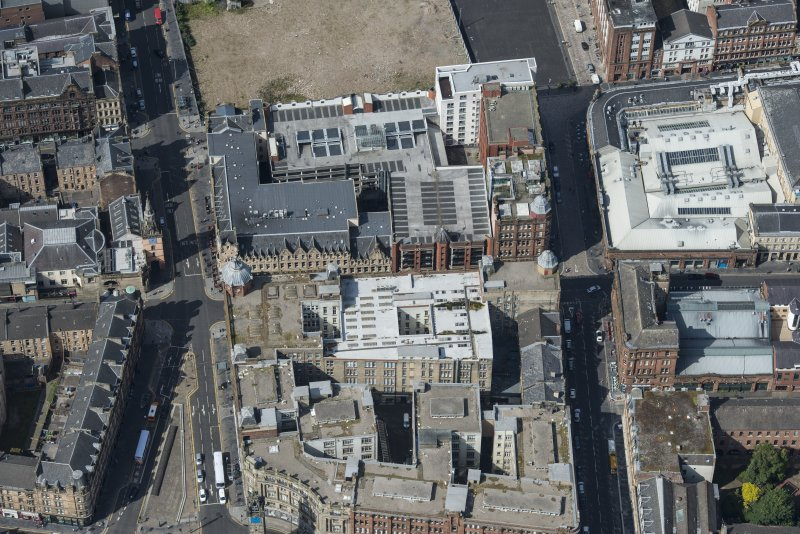 Oblique aerial view of the Trongate, Candleriggs and Bell Street, looking W.