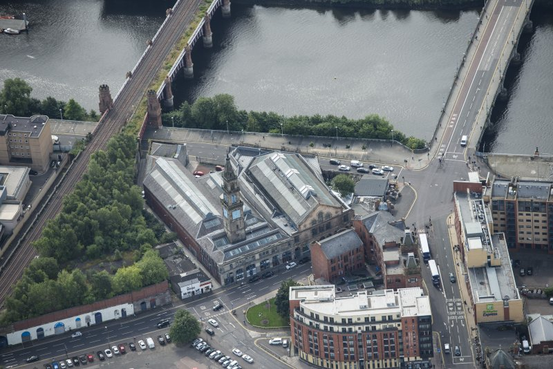 Oblique aerial view of Bridgegate fish market, looking SSW.