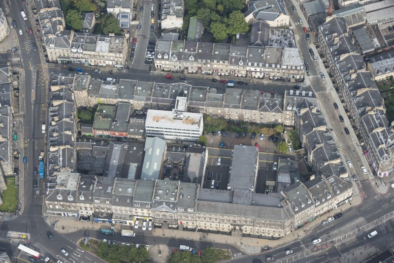 Oblique aerial view of Union Street, Broughton Street, Picardy Place and Forth Street, looking NNW.