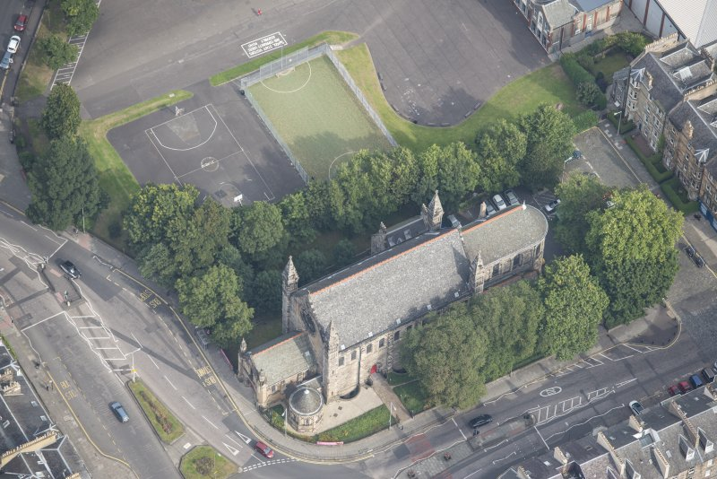 Oblique aerial view of the East London Street Catholic Apostolic Church, looking NNE.