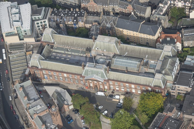 Oblique aerial view of Edinburgh College of Art, looking NNNW.