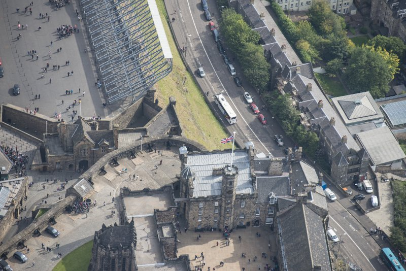 Oblique aerial view of Edinburgh Castle centred on the Crown Room,  looking E.
