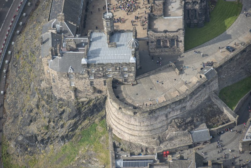 Oblique aerial view of Edinburgh Castle centred on the Crown Room,  looking W.