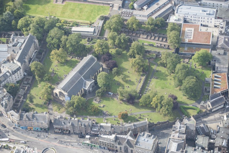 Oblique aerial view of Greyfriars Church and Churchyard, looking SW.