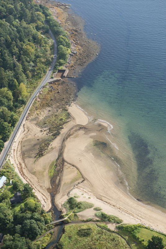 Oblique aerial view of Brodick Old Quay, looking NE.