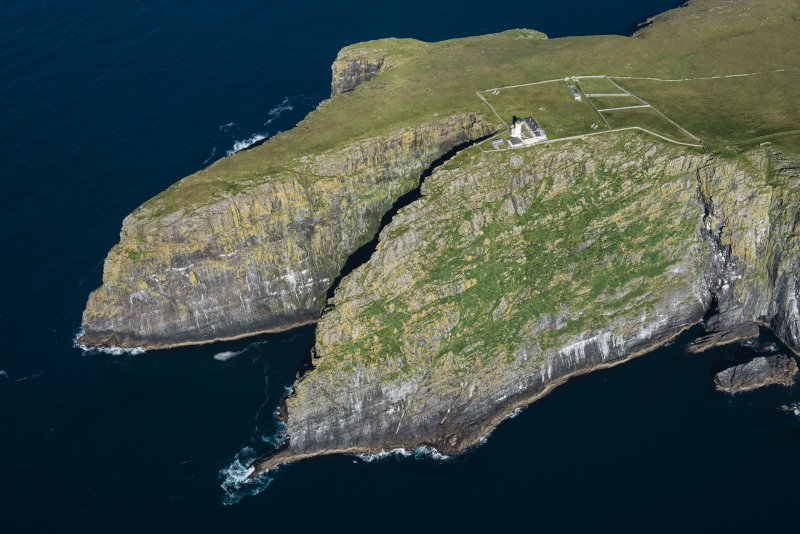Oblique aerial view of Dun Briste and Barra Head, looking NNE.