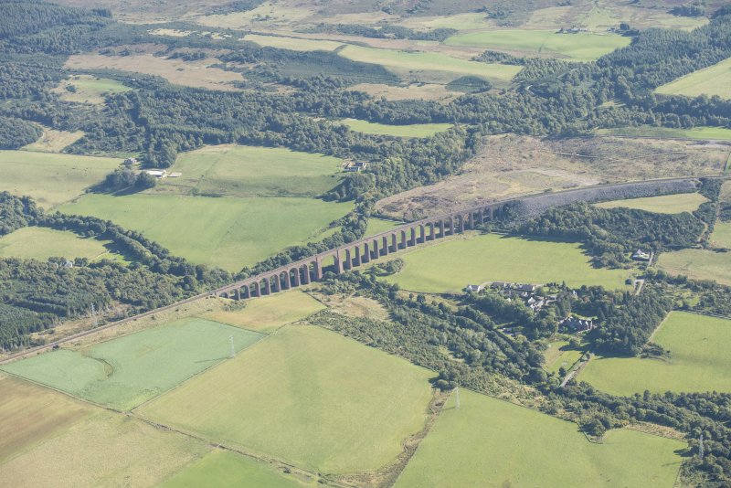 Oblique aerial view of Nairn Viaduct, looking ESE.