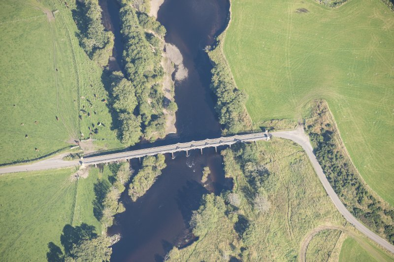 Oblique aerial view of Broomhill Bridge, looking ENE.