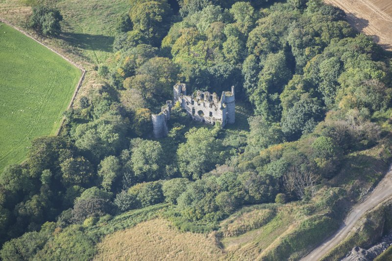 Oblique aerial view of Boyne Castle, looking SW.