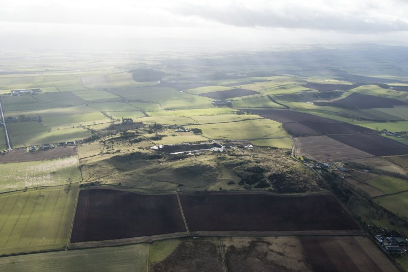 General oblique aerial view of Hume, looking SSE.