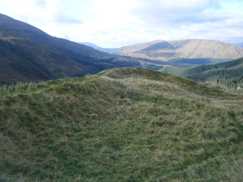 View along inside of south rampart, photograph of Dun Deardail, from a topographic archaeological survey at five Pictish Forts in the Highlands