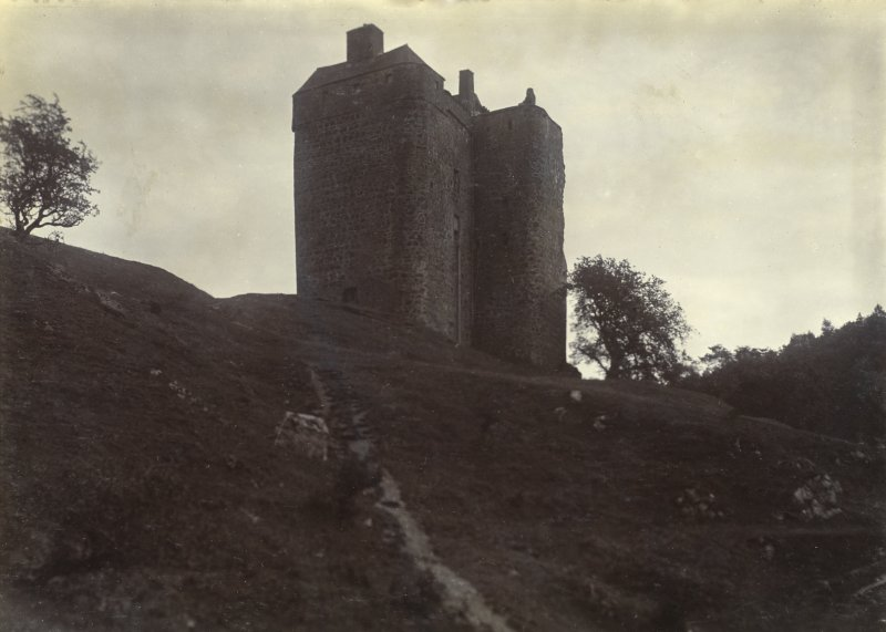 View of Neidpath Castle from NW