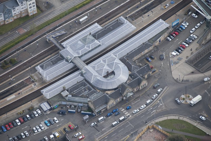 Oblique aerial view of Stirling Station, looking S.