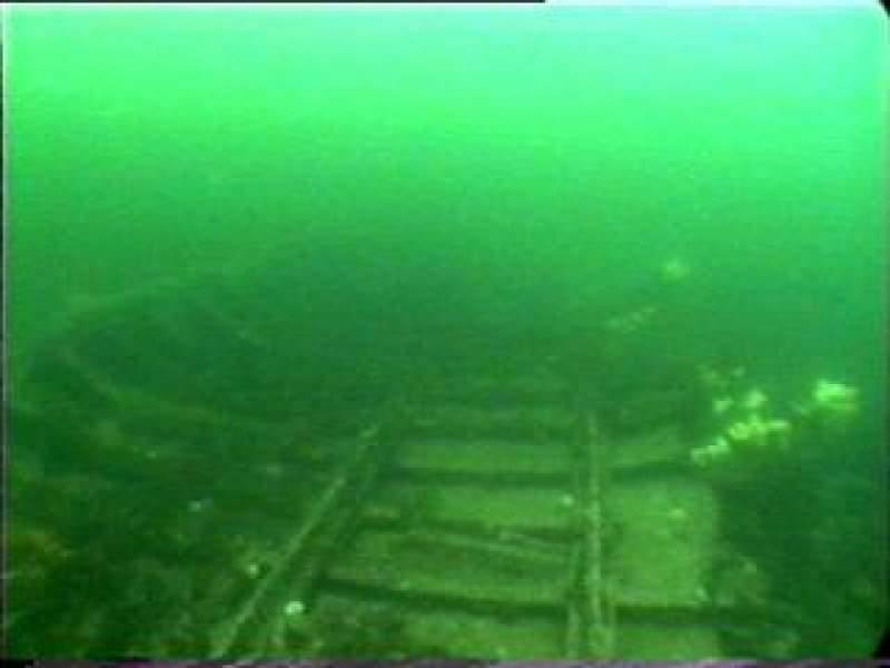 Diver photograph of Lady Isabella wreck