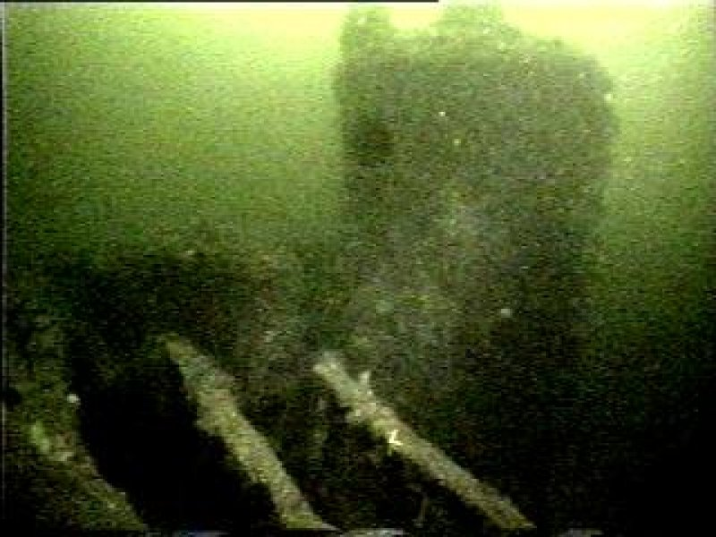 Diver photograph of Margeret Niven steamship