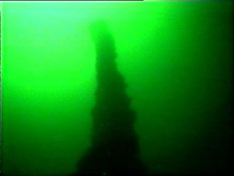 Diver photograph of the Tuscan mast
