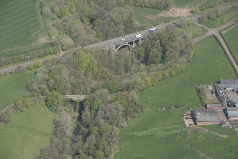 Oblique aerial view of Canderside Bridge and Cander Bridge, looking NW.