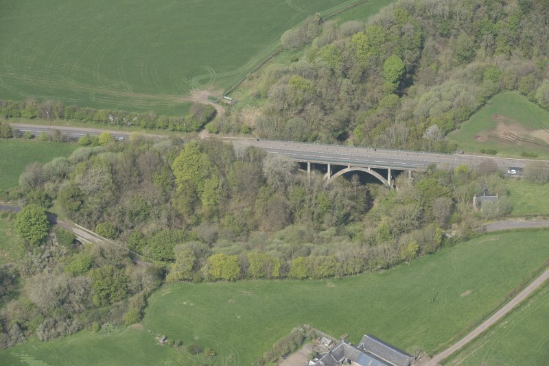 Oblique aerial view of Canderside Bridge and Cander Bridge, looking WNW.