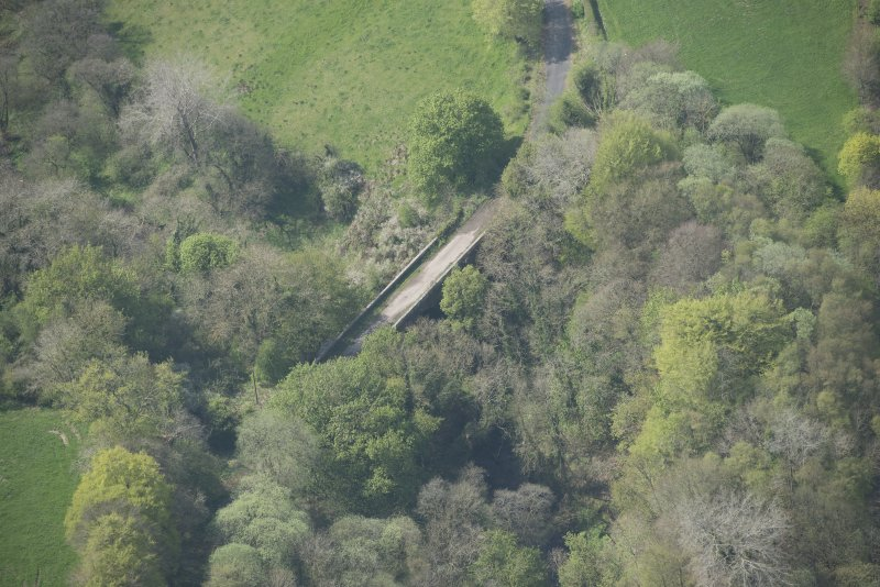 Oblique aerial view of Canderside Bridge, looking SSW.