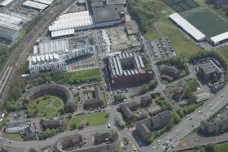Oblique aerial view of Springfield College of Engineering and Glasgow Kelvin College, looking SE.