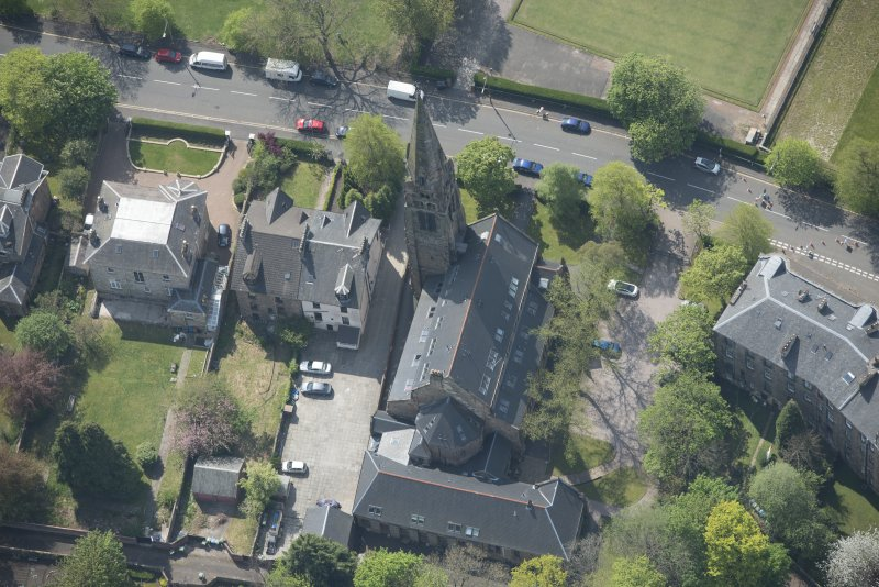 Oblique aerial view of Queen's Park Church and Hall, looking S.