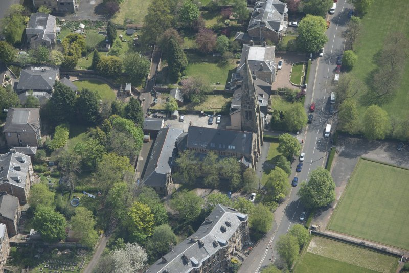Oblique aerial view of Queen's Park Church and Hall, looking SE.
