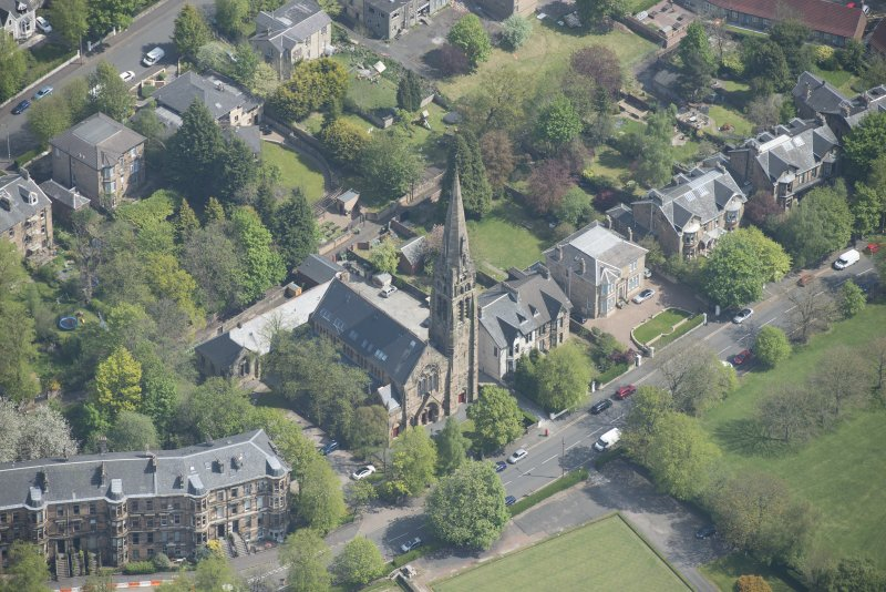 Oblique aerial view of Queen's Park Church and Hall, looking NE.