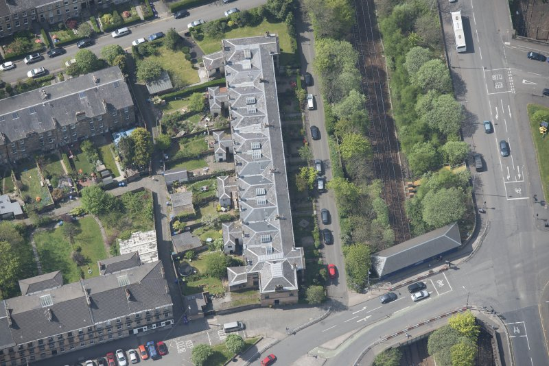 Oblique aerial view of Strathbungo Station and Moray Place, looking WSW.