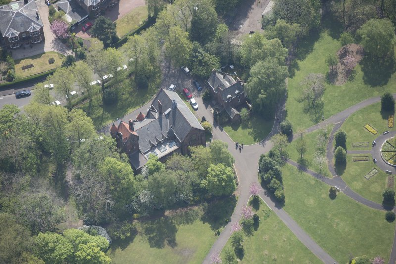 Oblique aerial view of Pollokshields Burgh Hall, looking S.