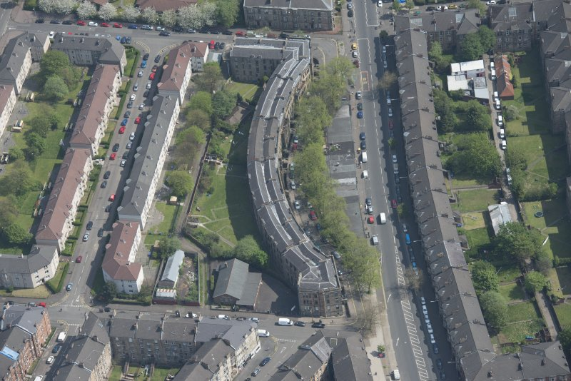 Oblique aerial view of Walmer Crescent, looking E.