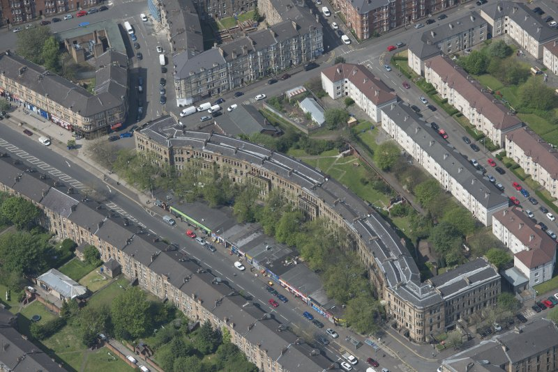 Oblique aerial view of Walmer Crescent, looking NW.