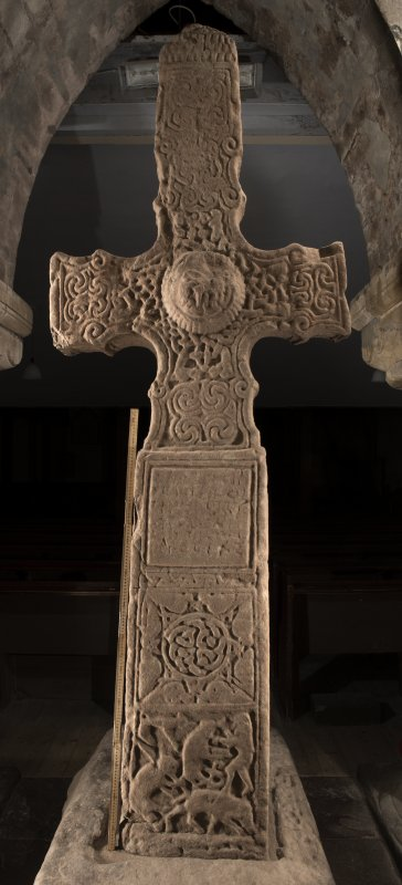 Dupplin Pictish cross face a (including scale)
