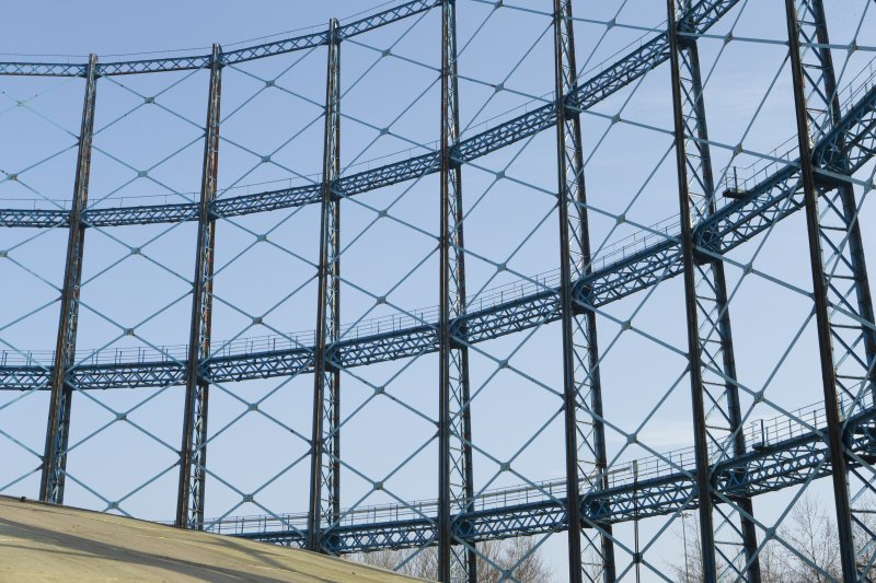 Gasholder no.1, detail of standards and cross trusses from 1903