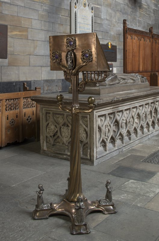 Choir, view of lectern