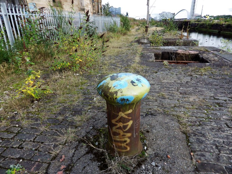 Graffiti on mooring post on north side of graving dock no. 1.