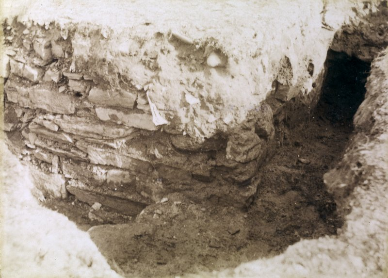 Photograph of Keiss Wester Broch. Passage to interior.