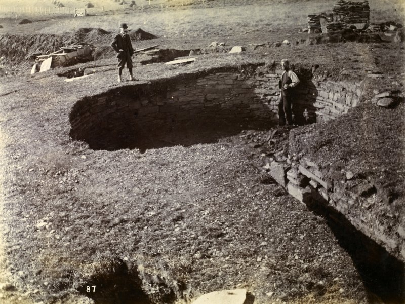 Photograph of Nybster Broch during excavation.