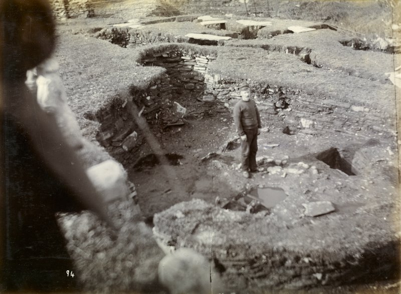 Photograph of Nybster Broch, underground habitation, tanks.