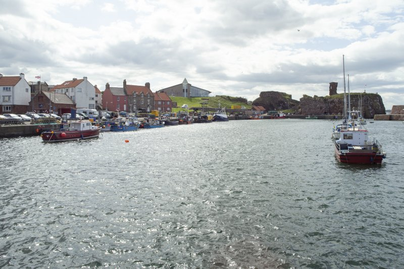 Dunbar. View of Victoria Harbour from the east.