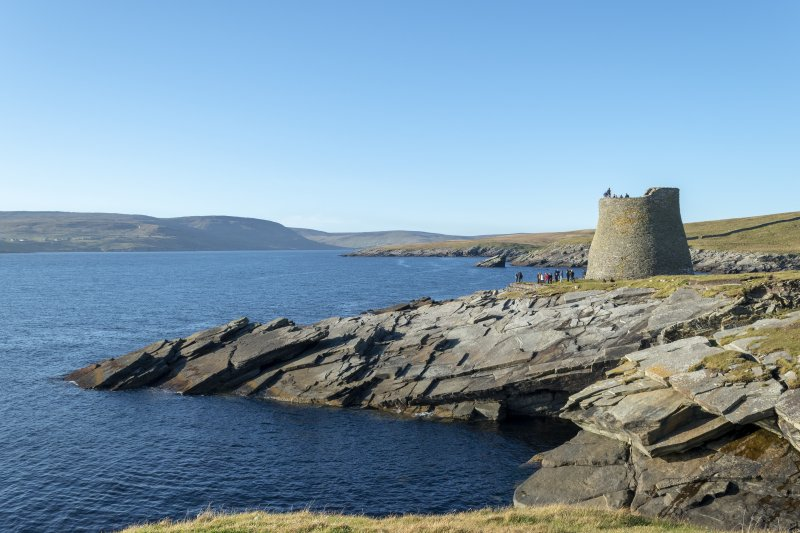 General view of Mousa broch from the S
