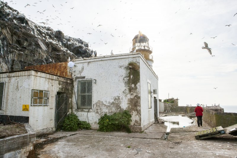 General view of lighthouse taken from the west.