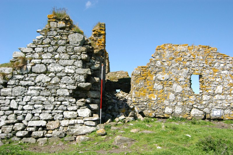 Historic building survey, Church exterior E-facing elevation (gable wall), Teampull na Trionaid, Cairinis, North Uist, Western Isles