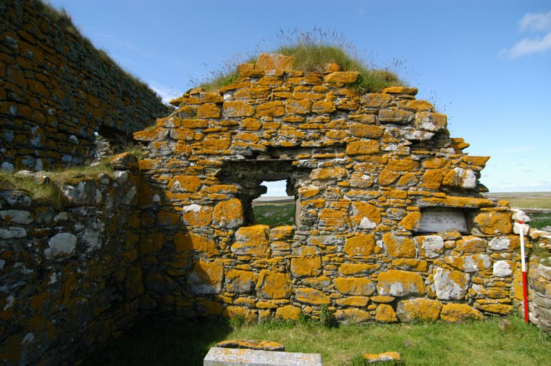 Historic building survey, McVicar Chapel, interior, E-facing gable wall, Teampull na Trionaid, Cairinis, North Uist, Western Isles