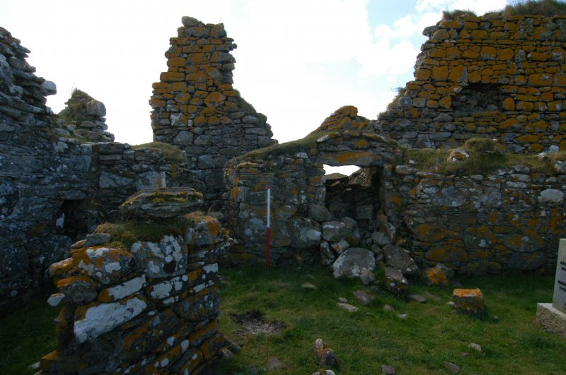 Historic building survey, McVicar Chapel, interior, N-facing wall, consecutive, Teampull na Trionaid, Cairinis, North Uist, Western Isles