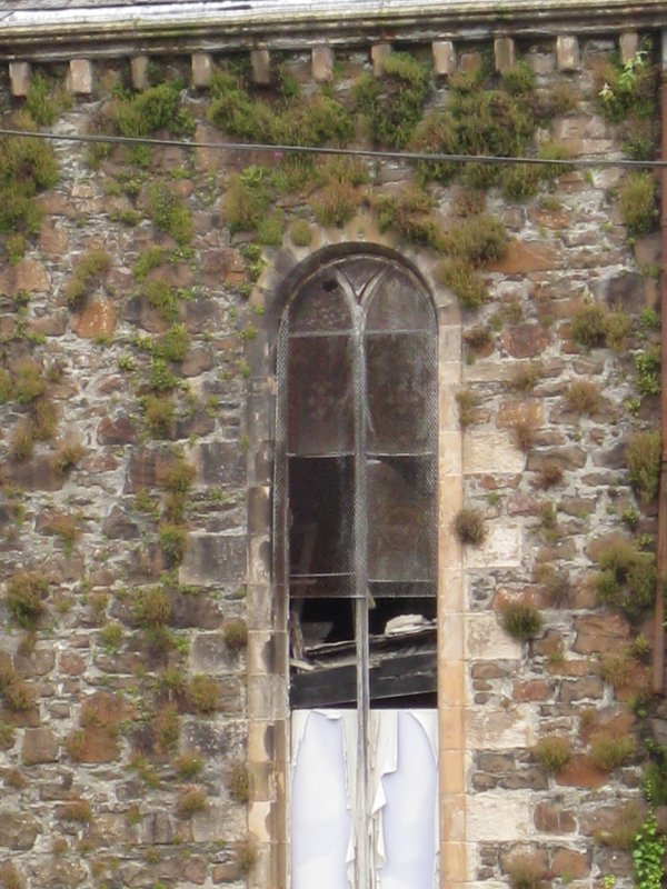 Detail of window on south-east elevation of West Free Church, Argyle Street, Rothesay, Bute.