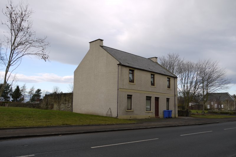 View from south-west showing Nos 46-48 Corbiehall, Bo'ness.