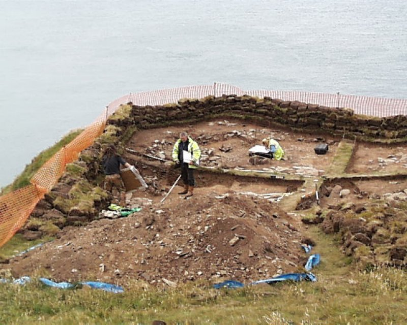 Archaeological excavation, General view, Carghidown Castle
